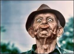 Les muscles de la face sont aussi appelés muscles de...