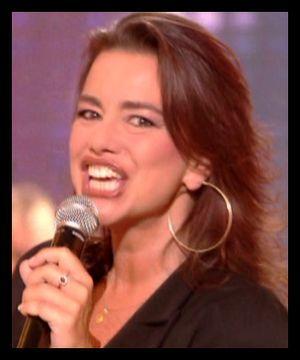 Je ne suis pas mécontent qu'elle n'ait pas fait carrière ! Elle avait des airs un peu fiers cette Muriel Dacq ! Vous vous rappelez ? Elle chantait...