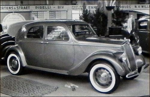 La Lancia Aprilia grise de l'émir dans :