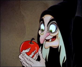 A quelle fée peut-on physiquement assimiler la méchante vieille sorcière bossue qui offre une pomme empoisonnée à une innocente princesse ?