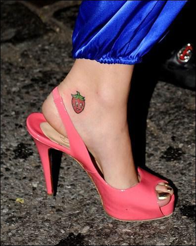 À qui appartient ce tatoo ?