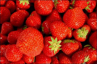 La fraise est plus riche en vitamine C que l'orange :