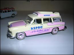 Et cette ambulance des années 60 fut utilisée sur... .