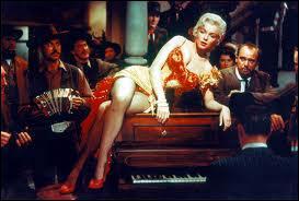 Il n'y eut pas de chanteuse de saloon plus belle que Marilyn Monroe dans ce film d'Otto Preminger (1954) :