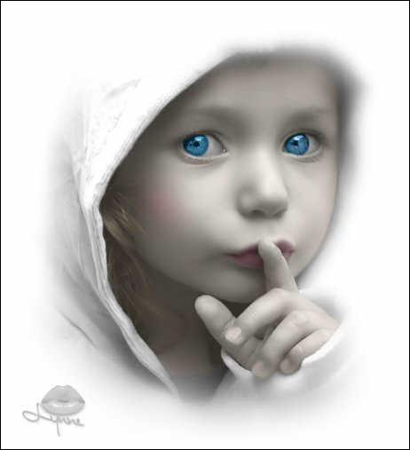 ____ parles trop fort : silence !
