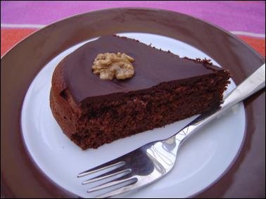 Hier soir, j'ai mangé du gâteau.
