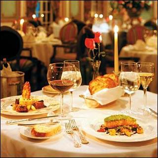 Demain, je mangerai au restaurant.