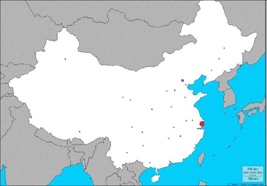 Quelle est la ville chinoise indiquée par un point rouge sur la carte ?