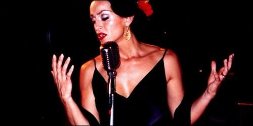Dans quel pays méditerranéen chante-t-on le fado ?