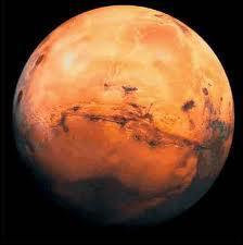 On la surnomme la planète rouge.