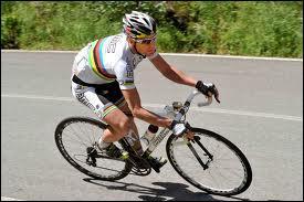 Premier australien champion du monde sur route en 2009... .
