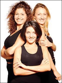Avant de se produire en One Woman Show, elle faisait partie d'un trio. Comment s'appelait-il ?