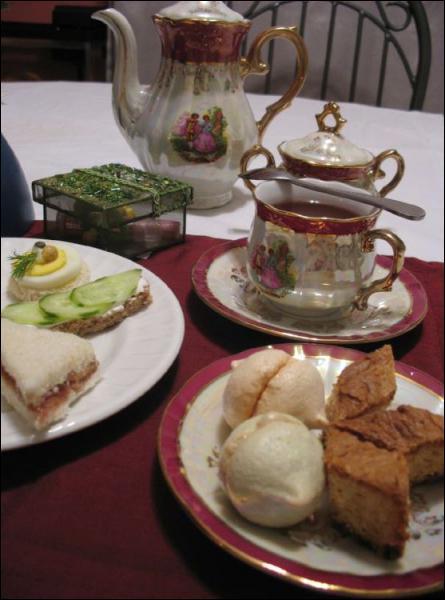 De quand date le rituel du thé en Angleterre ?