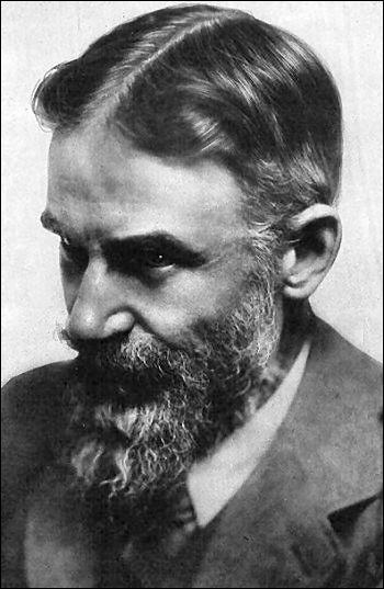 Ce dramaturge irlandais a obtenu le prix Nobel de littérature en 1925. Il est l'auteur de la pièce 'Pygmalion'.
