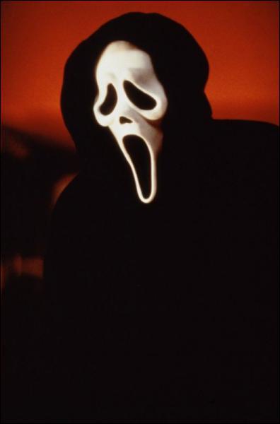 Je n'ai jamais révélé mon nom et ma réplique est 'Quel est ton film d'horreur préféré' !