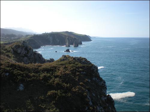 Dans quel pays d'Europe se trouve la communauté autonome des Asturies ?