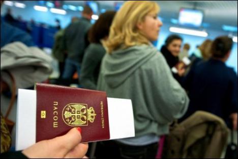 Il permet de voyager dans les pays étrangers qui le demandent. C'est :