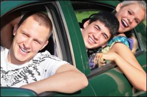 Il est délivré aux personnes majeures qui ont réussi un examen pour pouvoir conduire une voiture. C'est :