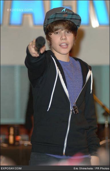 Comment ce nomme la tournée de Justin ?