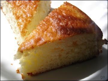 Quel ingrédient ne doit-on pas utiliser lors de la préparation du gâteau au yaourt ?