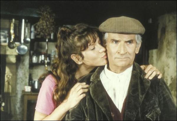 En 1981, dans le film 'La soupe aux choux', quel acteur interprète le personnage surnommé 'la denrée' ?
