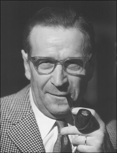 Né en 1903 , on lui doit le personnage du Commissaire Maigret , il s' agit de ...