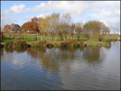 Egalement en Gâtine près de Moncoutant; ce parc de loisirs dédié à la pêche s'appelle...