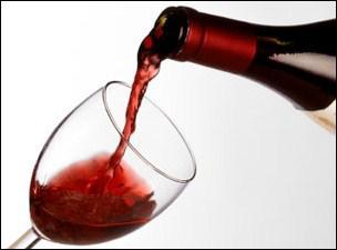 Quand on a soif, on boit un verre de vin.