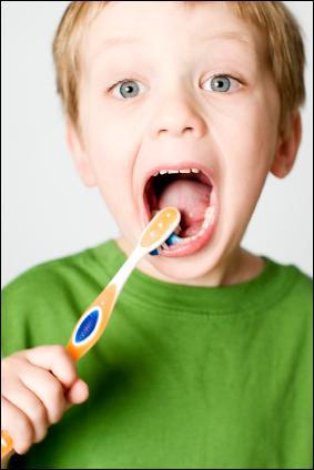 En moyenne, je dois me brosser les dents :