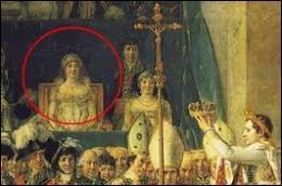 On trouve dans les places d'honneur de la tribune la mère de Napoléon alors que celle-ci était absente de la cérémonie, suite à une brouille de Napoléon avec son frère Lucien. Quel était le nom de jeune fille de celle que Napoléon appelait  madame Mère  ?