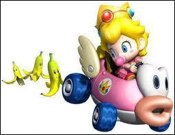 Quel objet Bébé Peach a-t-elle derrière son dos ?