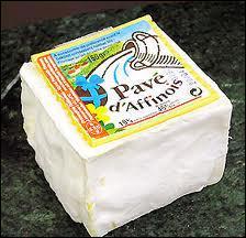 De quelle région nous vient le pavé d'Affinois; ce fromage double crème à pâte molle et croûte fleurie ?