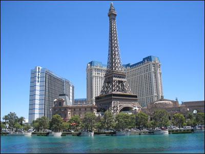 Dans quelle ville américaine peut-on voir cette réplique de la Tour Eiffel ?