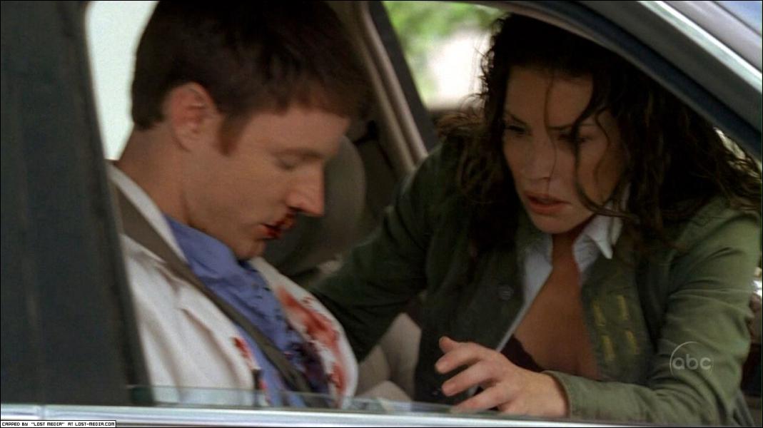 Episode 22, Eternelle fugitive : dans les flashbacks, comment s'appelle le copain de Kate qui est mort à cause d'elle ?
