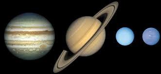 ''Bon, allez mon petit papa... Celle-ci est plus facile ! Les 4 planètes géantes (Jupiter, Saturne, Neptune, Uranus) sont aussi appelées -------------.''