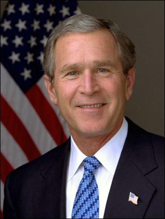 Quelle famille l'ex-président américain Bush a-t-il présenté comme une menace pour l'éducation ?