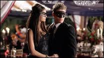 Qui Katherine tue-t-elle pendant le bal masqué ?