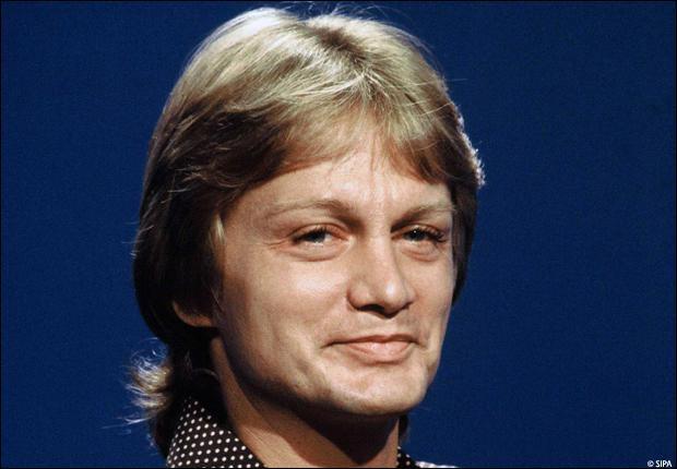 Qui est ce chanteur mort le 11/03/1978 ?