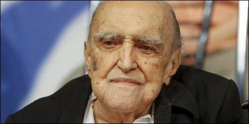 Oscar Niemeyer est un célèbre architecte mondial. Quelle capitale a-t-il sortie de terre ?