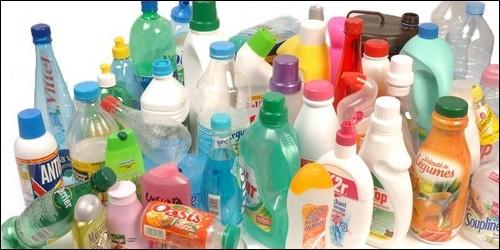 Quelle matière première sert à fabriquer le plastique ?