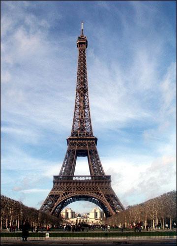 A la fin du XIX° siècle, l'architecture métallique se développe et permet des réalisations étonnantes et monumentales comme cette célèbre tour parisienne. Mais quel en est l'auteur ?