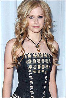 Quand Avril fait elle ses apparitions au cinéma dans : Fast Food Nation et 2 autres films ?