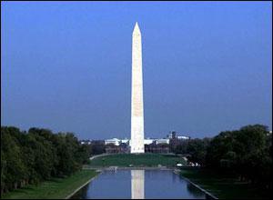 Quel est ce monument américain, édifié en l'honneur de George Washington, qui culmine à 169 m ?
