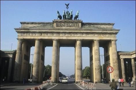 Quel est ce monument allemand qui est le symbole de la Réunification des deux Allemagnes ?