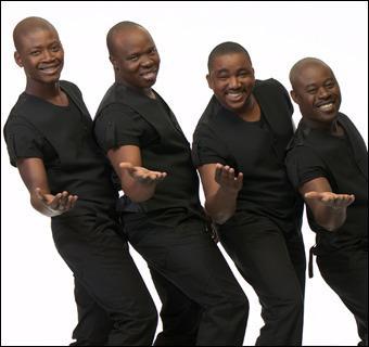 Ils chantent 'Ambiance A l'Africaine' :