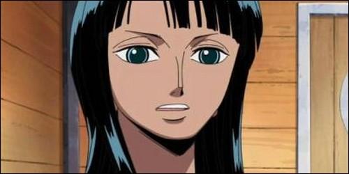 De qui Nico Robin était-elle la vice-commandante avant de faire partie de l'équipage de Luffy ?