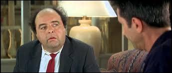 ''Il s'appelle Just Leblanc. - Ah bon ? Il n'a pas de prénom ? - Je viens de vous le dire : c'est Just ! M. ----------- , votre prénom à vous, c'est François, c'est juste ? ''