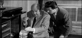 """''J'vais lui montrer qui c'est Raoul. Aux quat' coins de Paris qu'on va l'retrouver éparpillé par petits bouts, façon puzzle. Moi quand on m'en fait trop, j'correctionne plus : j'dynamite, j'disperse ----------."""""""