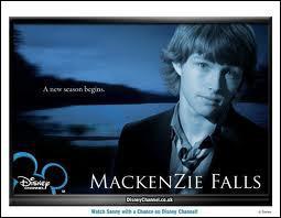 Qui est l'acteur principal de 'Mackenzie la belle vie' ?