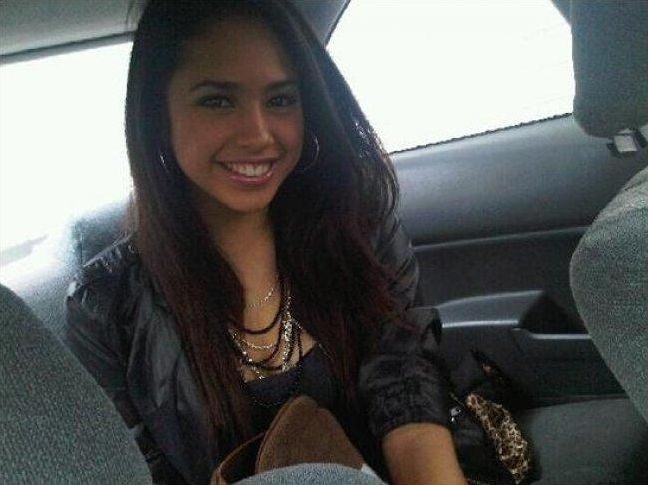 Connais-tu Jasmine Villegas ?